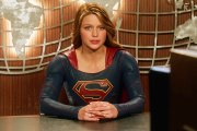 Supergirl (Melissa Benoist) Season 2 Episode 1 : The Adventures of Supergirl