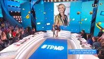 """Caroline Ithurbide embrasse Valérie Benaim en direct dans """"Touche pas à mon poste"""" - Regardez"""