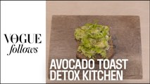 La recette d'avocado toast The Detox Kitchen pour Vogue Paris