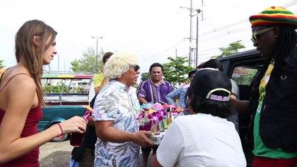 โหน่ง ชะชะช่า VS โจอี้ กาน่า ซีนนี้...ใครเด่นใครดัง (Official Phranakornfilm)