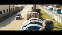 Skyfall - Opening Scene- Train Fight with Digger - video dailymotion
