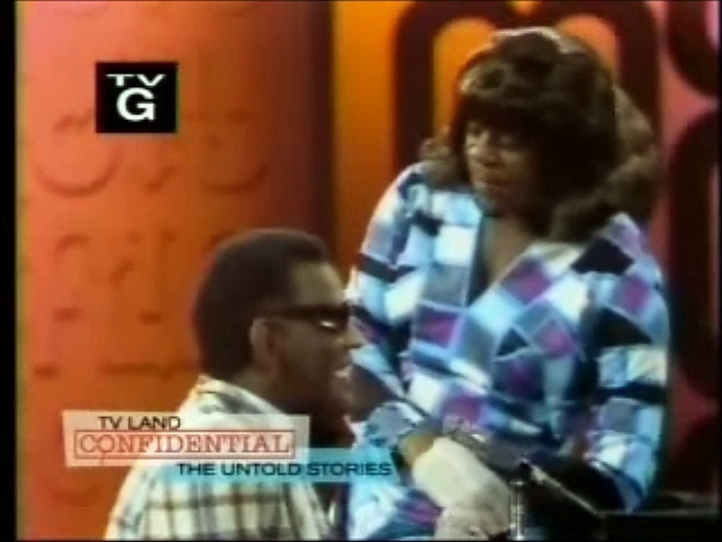 RAY CHARLES & FLIP WILSON (as Geraldine) - 1971 - Comedy Routine