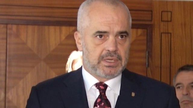 Report TV - Rama takon shqiptarët e Preshevës: Zgjidhje të problemit të teksteve