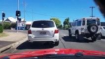 Une jeune femme a failli être fauchée par une voiture !