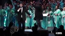 Extrait du Gospel Festival de Paris 2015 : Hezekiah WALKER (USA)