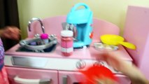 MAGIC KITCHEN! Cooking at the KidKraft Kitchen with Whiffer Sniffers & Pretend Play Blender Surprise