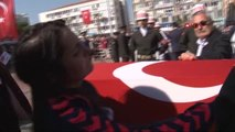 Izmir Şehit Yüzbaşı Oğuz Özgür Çevik Son Yolculuğuna Uğurlanıyor-2
