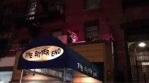 Lady Gaga improvise un concert sur le toit d'un restaurant