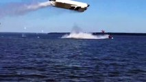 Terrible accident pendant une course offshore... Les 2 pilotes éjectés du bateau