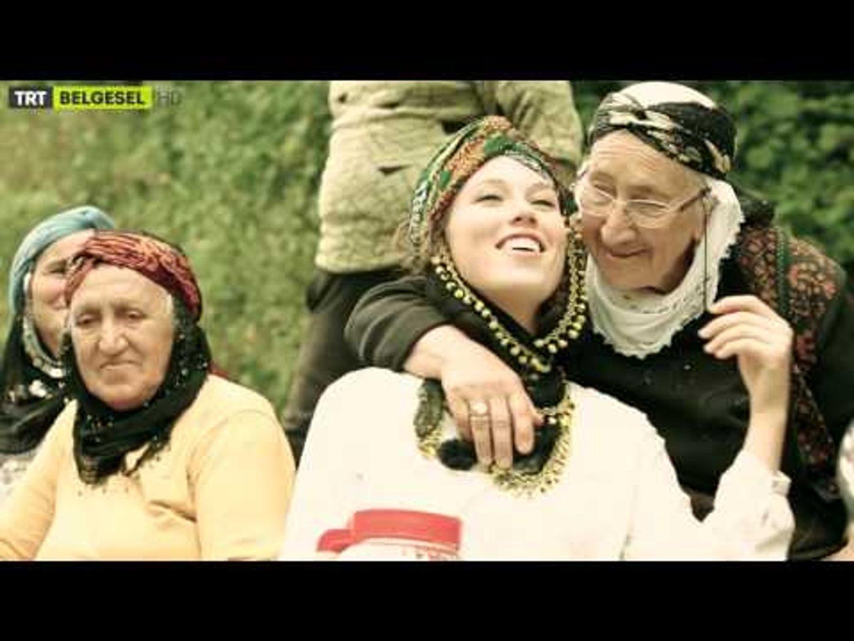 Annemden Uzakta Rikki Roath - Fragman - TRT Belgesel