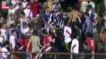 Violente scène de bagarre entre supporters en Argentine - Guaraní A. Franco v Sportivo Patria (22/10/16)
