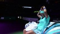 Tennis : Svetlana Kuznetsova se coupe les cheveux en plein match