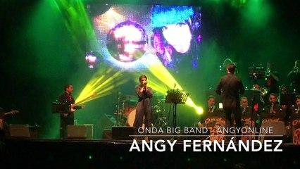 """Angy canta """"We Will Rock You"""" de Queen, en el concierto con la banda Onda Big Band"""