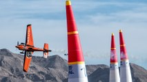 High Winds at Las Vegas Motor Speedway for Season Closer | Red Bull Air Race 2016