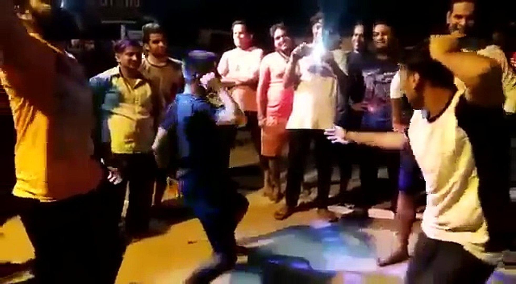 Bigg Boss 10 Contestant Manveer Gujjar Dance