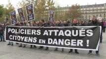 Avec ou sans les syndicats, des centaines de policiers dans la rue