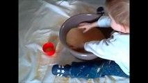 Jeu déveil bébé à partir de 12 mois : le bac à semoule