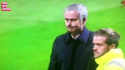 José Mourinho Apologizes To The Fans After Manchester United Win