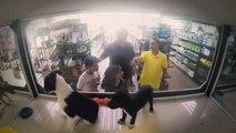 Un negozio di animali sostituisce i cani in vendita con altri presi dal canile. Ciò che succede vi farà riflettere