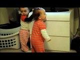 Bebe Baila Emocionada! jaja ★ bebes divertidos   risa bebe   bebes chistosos   bebe humor