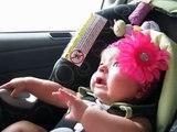 Bebe Muy Asustada, Pobrecita! ★ bebes divertidos   risa bebe   bebes chistosos   bebe humor