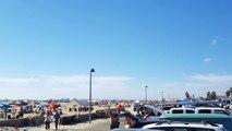 Le mur du son franchi par un F18 SUPER HORNET au dessus d'une plage !