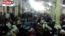 الألاف يفترشون مسجد الدسوقى فى الليلة الختامية
