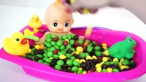 Learn Colors Baby Doll Bath Time M&Ms Chocolate Candy and Colors Clay Slime Surprise Toys