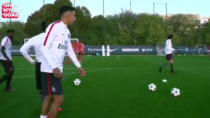 When Marquinhos Thinks He Is David Beckham