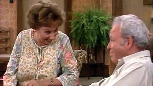 All in the Family S7 E12 - Archies Secret Passion
