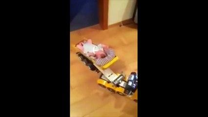 idée de papa pour faire dormir bébé le convoi exceptionnel