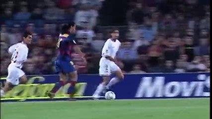 Le magnifique but de Ronaldinho contre Séville.