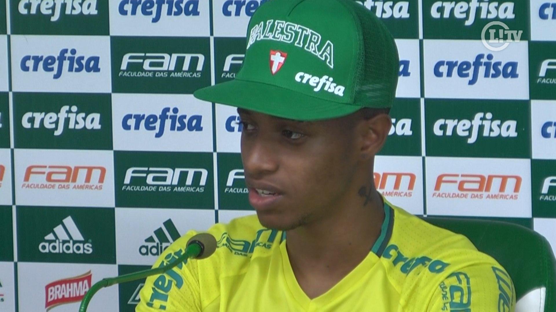 Tchê Tchê minimiza seca de gols de Jesus no Palmeiras: 'É o camisa 9 da Seleção'