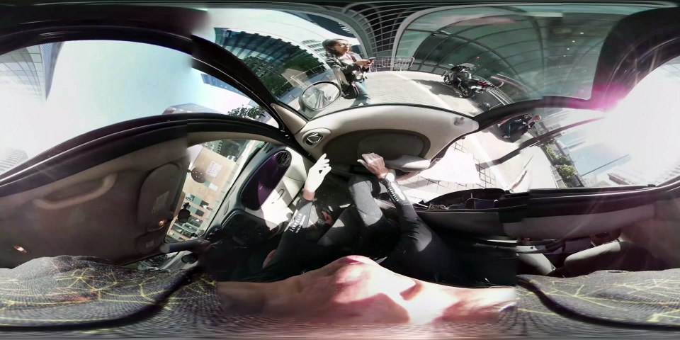 Alain Robert escalade la tour Engie à la Défense - 360° - Version longue - ZERO LIMITE