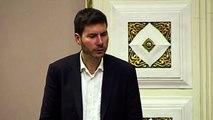 """Pernar: """"Slast mi je vratiti vam 0,001% onog što ste vi napravili hrvatskom narodu!"""""""