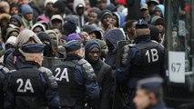 Γαλλία: Εκκενώθηκε αυτοσχέδιος καταυλισμός με 3000 πρόσφυγες στο βόρειο Παρίσι