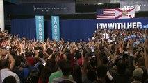 Course à la Maison Blanche: Obama bat le rappel pour Clinton