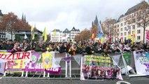Kurden protestieren in Köln gegen Festnahmen  in der Türkei