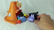 Halloween Play-Doh Mater Dracula Mater, Cars 2 Otis and Sally Halloween Monster Mater Special