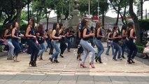 Ces jolies danseuses brésiliennes savent bouger leurs fesses