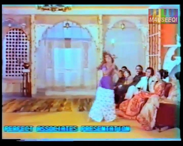 Dhak Dhak Dil DhaRkay - Film Deewar - Nahid Akhtar DvD Film Hits Vol. 1 Title_32