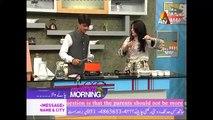 Famous Pakistani Chai Wala Arshad Khan making Chai in Live Show