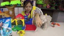 LITTLE PEOPLE Mia Helps Elephant Learn to Count Egg Surprise Opening Thomas Toy Trains Shorts part4