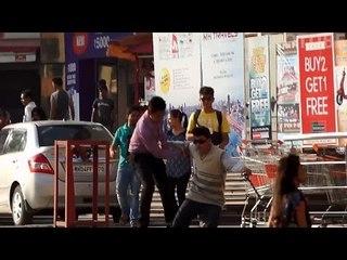Blind Man Prank In India 2015 - iDiOTUBE