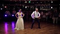 Une folle danse de mariage entre un père et sa fille