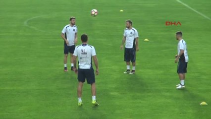 Kosova Milli Takımı, Türkiye Maçı Hazırlıklarını Tamamladı