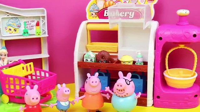 Peppa Pig in Shopkins Surprise Basket with Frozen Elsa and Anna and Daddy Pig Opening Shopkins