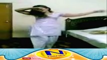 Pashto Hot Girl Mast Dance At Home With Afghan Pashto Song