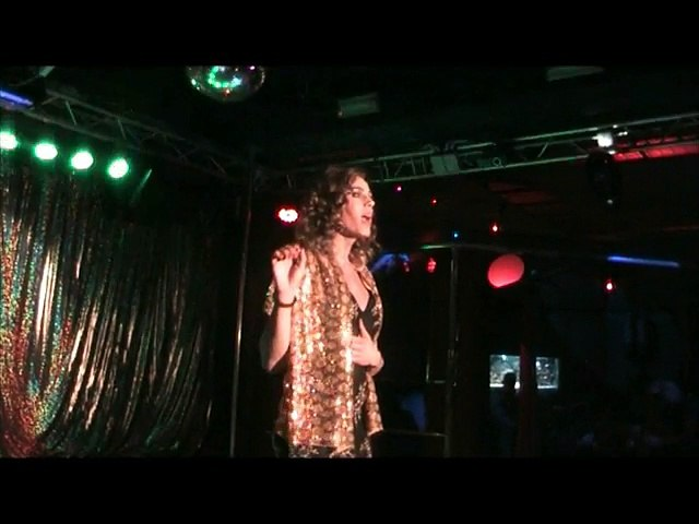 Drag Queen Show by Travcompany a Milano club Nautilus