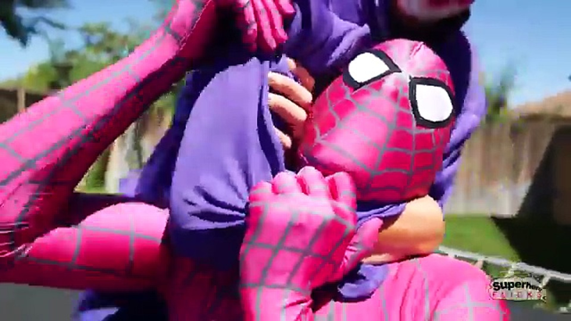 The Amazing Pink Spiderman Vs Crazy Joker Vs Bearded Joker Real Life Superhero Movie Vidéo Dailymotion